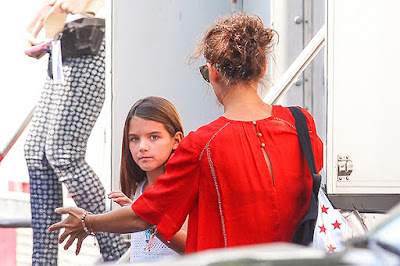 Suri Cruise visited Katie Holmes