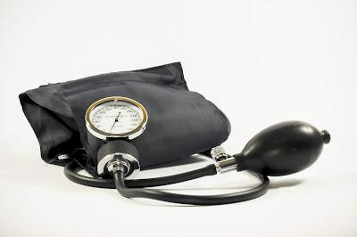 diabetic eye diseases, blood pressure measurement machine, diabetes