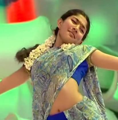 Sai Pallavi Hot Saree Pics in Premam  Malar Hot Photos, Wallpapers