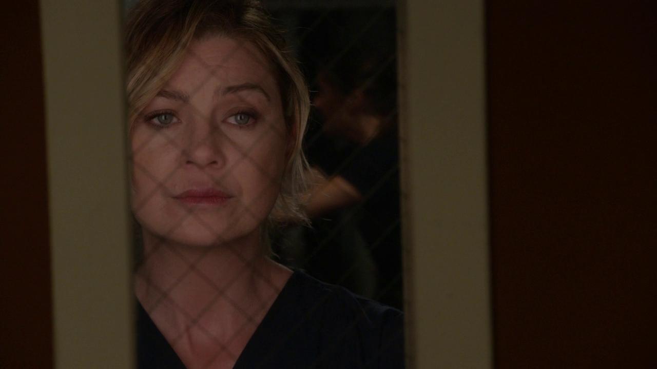 Station 19 1x01 Stuck Meredith Grey