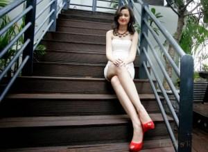 Kimberly Ryder tinggi
