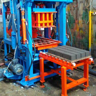 mesin press batako hydrolis, pres paving hydrolis, mesin batako semi otomatis, mesin paving semi otomatis