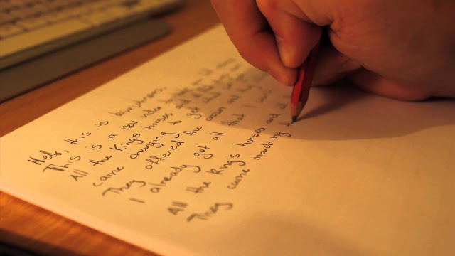 Pensil Hanya Sebongkah Benda dan Bisa Saja Patah, Apa yang Harus Dipelajari Darinya?