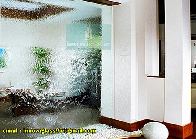 Air Terjun Kaca Dinding Rumah
