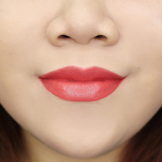 Lips Swatch Coral Warm Orange Matte