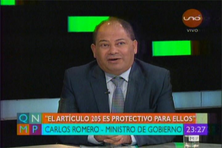 DR. WILLIAMS BASCOPÉ RESPONDE AL MINISTRO ROMERO POR SU COBARDE ALUSIÓN EN TV