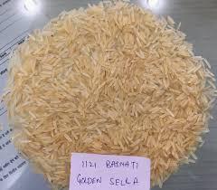 هنا سوف تتعرفين على طريقة التفريق بين الأرز الطبيعي والأرز المغشوش