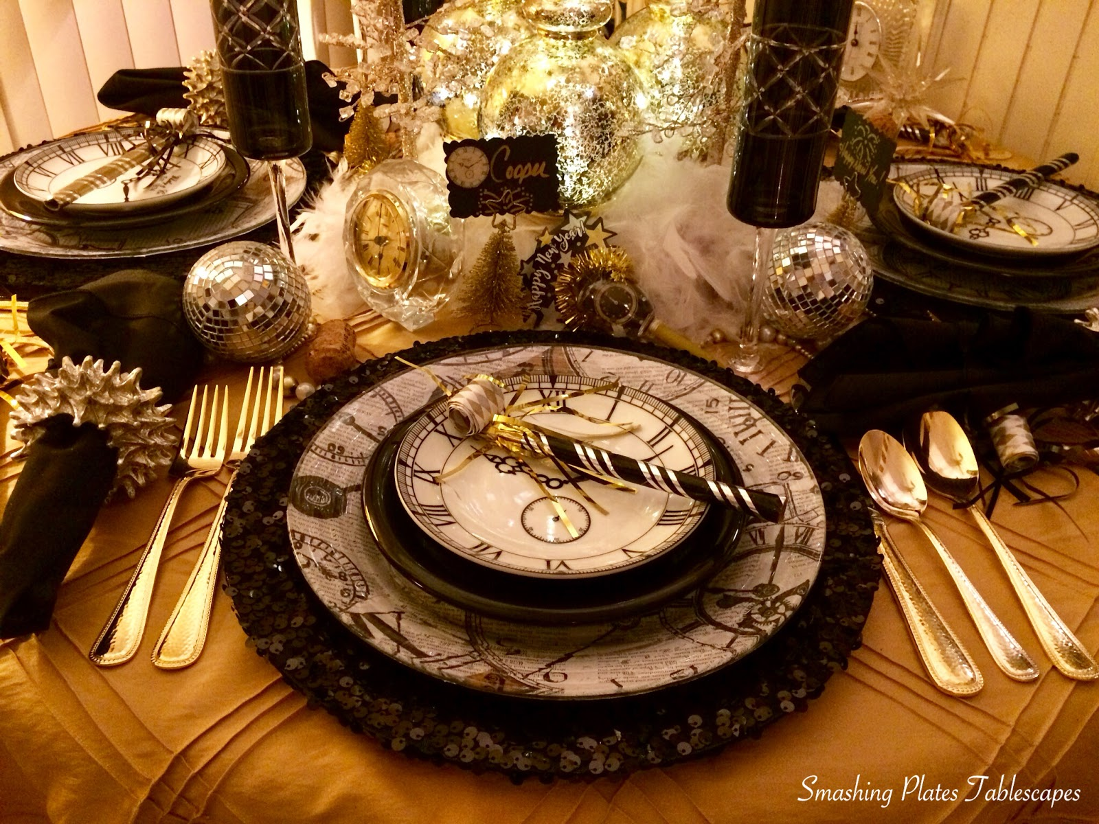 Smashing Plates Tablescapes Bling In The New Year