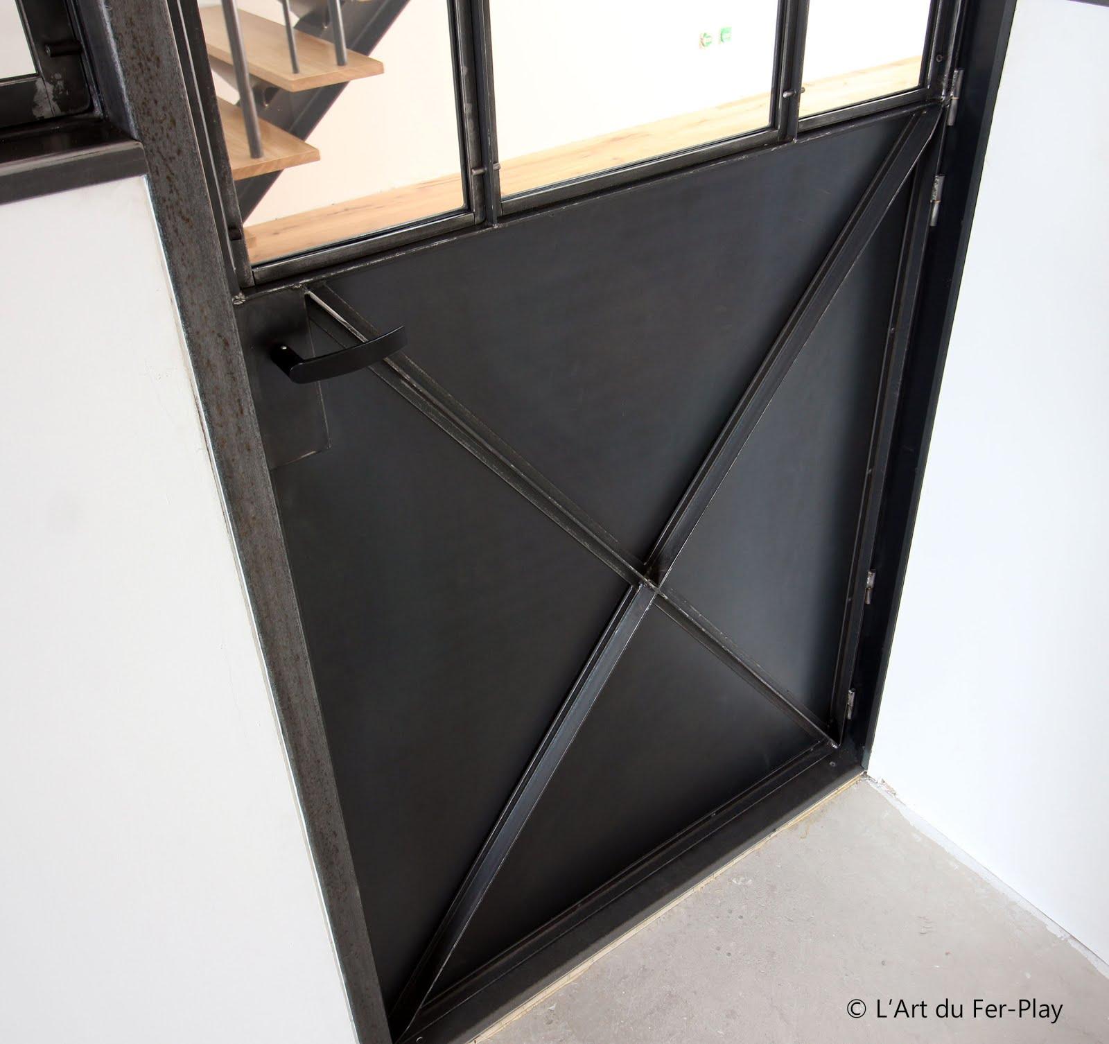 ferronnerie m tallerie serrurerie 79 deux s vres l 39 art du fer play porte battante type atelier. Black Bedroom Furniture Sets. Home Design Ideas