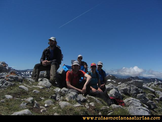 Ruta Les Rapaines, Lago Ubales, Cascayón: Peña del Vientu