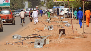 Government is upgrading the lights among the main streets in Niamey