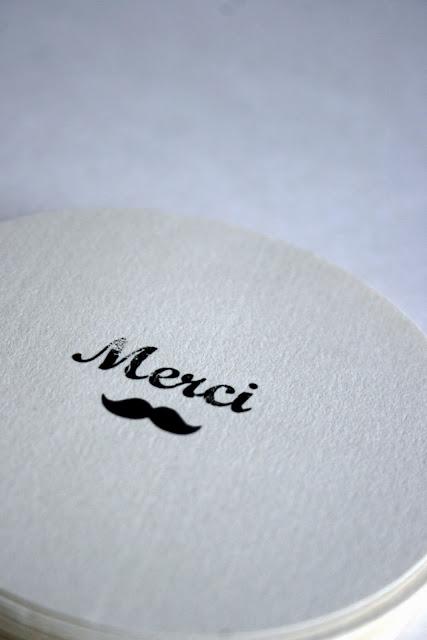 faire-part naissance moustache rétro chic papier japonais sur mesure raffiné fait main haut de gamme cadeau invité