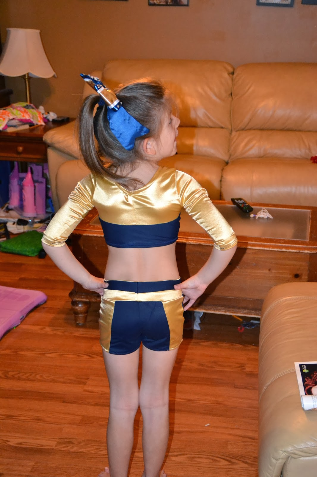The gallery for --> Pretty Middle School Cheerleaders