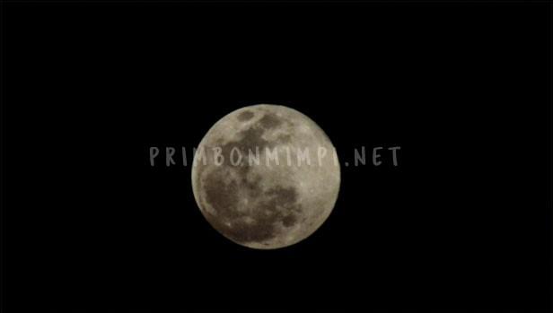 Mimpi Melihat Bulan