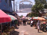 Pemkot Tegal Diminta Mencarikan Solusi Terbaik Bagi Pedagang di Jalan Zaenal Arifin