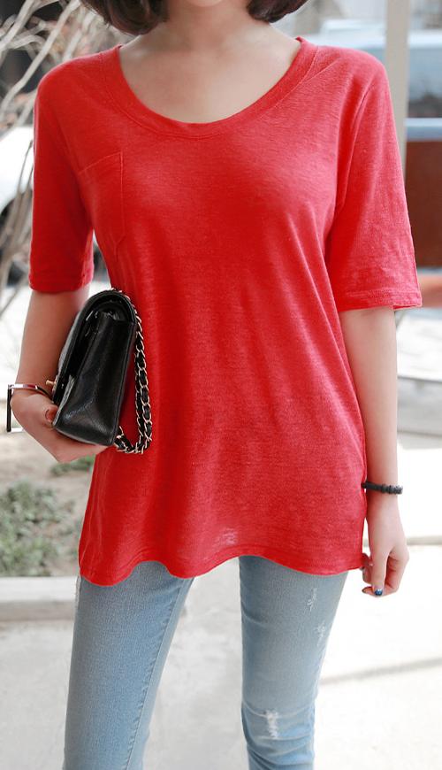 One Pocket U-Neck T-Shirt