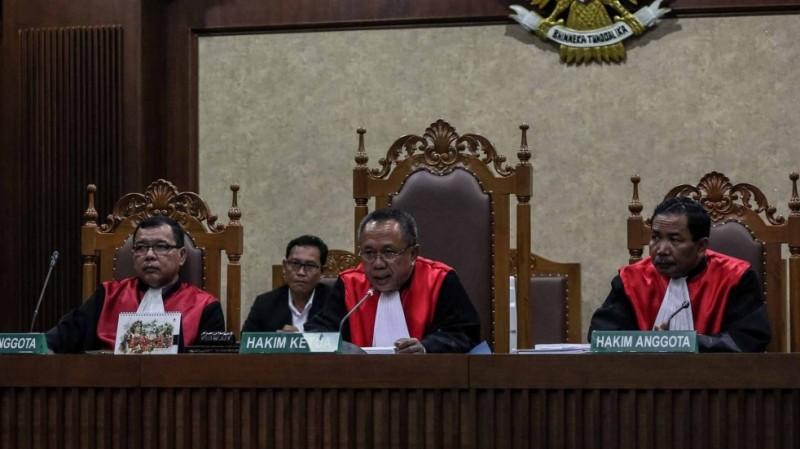 Hakim Partahi Hutapea memimpin sidang vonis Jessica