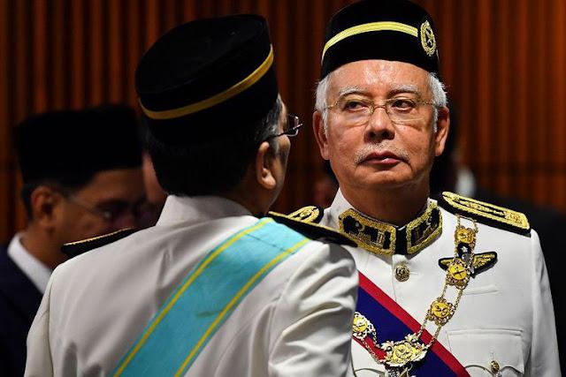 Bilang 'F**k You!', Anggota Parlemen Malaysia Terancam Dihukum