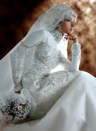Tren Terbaru model Gaun pengantin Wanita muslim