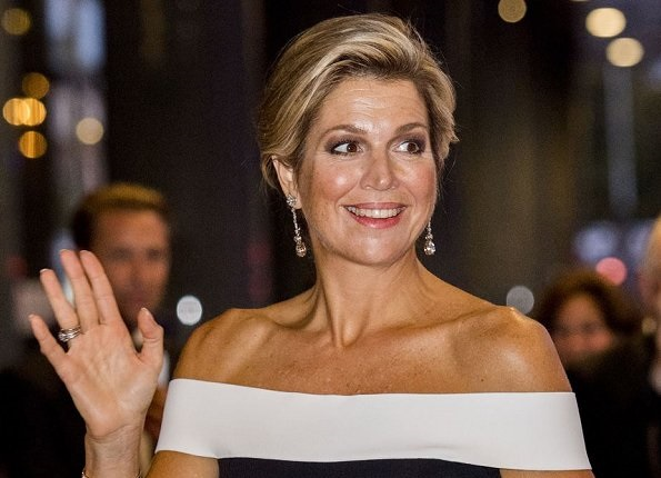 Queen Maxima wore ROLAND MOURET Danielson off-the-shoulder jumpsuit at opening Royal  Orchestra's new season
