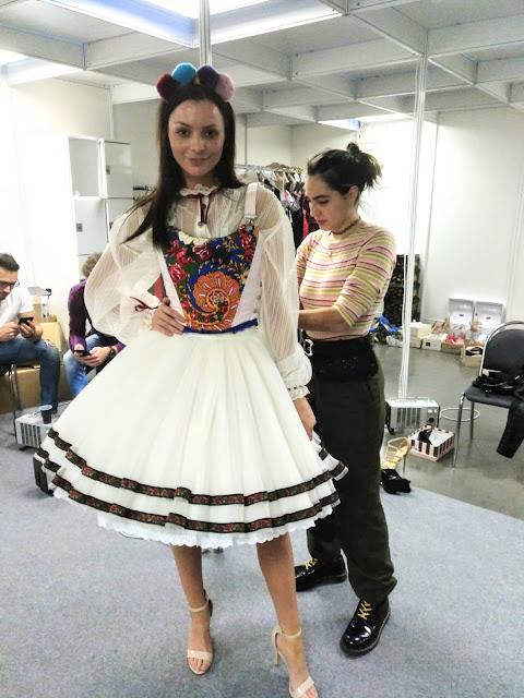 Laura Manuela ganadora de los Premios Nacionales a la Moda en Stil Kabo República Checa