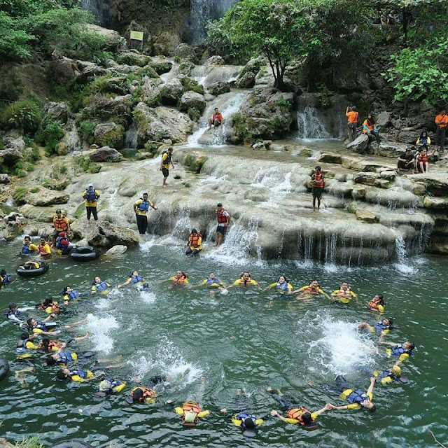 Destinasi Objek Wisata Air Terjun Sri Gethuk gunung kidul
