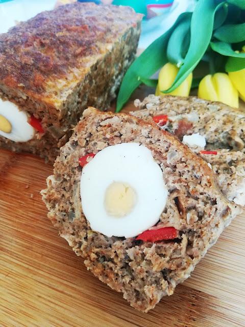 Pasztet z mięsa mielonego z jajkiem