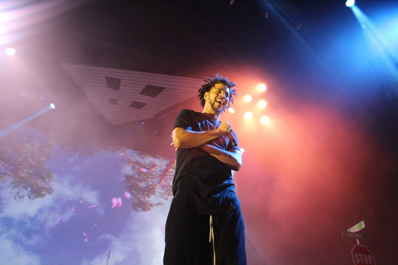 J. Cole Closed Out The Final Act Of His U0027Forest Hills Drive Touru0027 This  Weekend In His Hometown Fayetteville, NC. For The First Time, Cole  Performed To A ... Nice Design