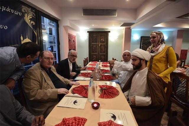 Σε δείπνο για το ραμαζάνι ο Νίκος Φίλης (Βίντεο)