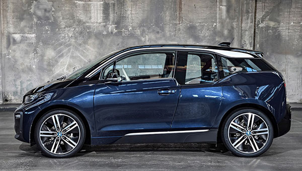 2018 bmw i3. Simple Bmw 2018 BMW I3 The Big News For The New Year Is Addition Of A Sportier  13S Model Many With Bit More Power Lighter Wheels And Stiffer Suspension Intended Bmw I3