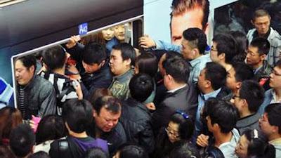chinois dans métro