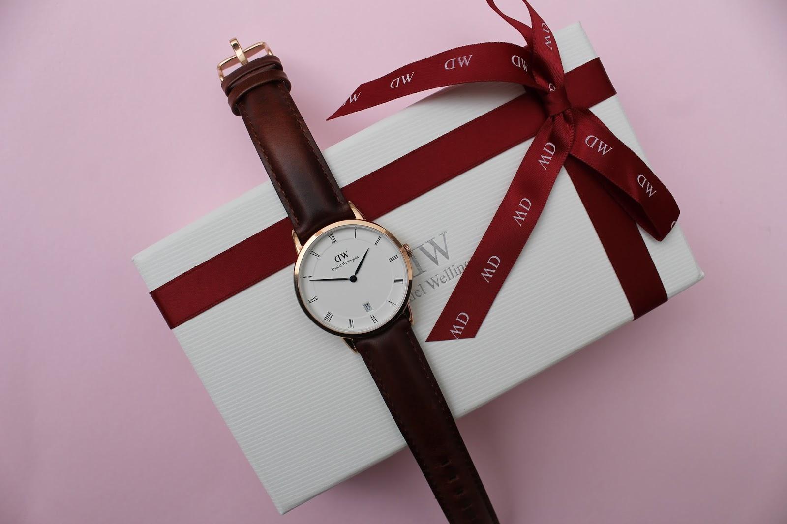 Reloj daniel wellington mujer dorado