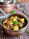 Potato Peanut Curry, Urulai Verkadalai Curry