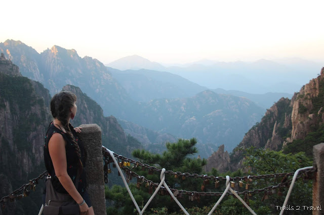 Guide to Mount Huanghan- The Western slopes and Guest Greeting Pine