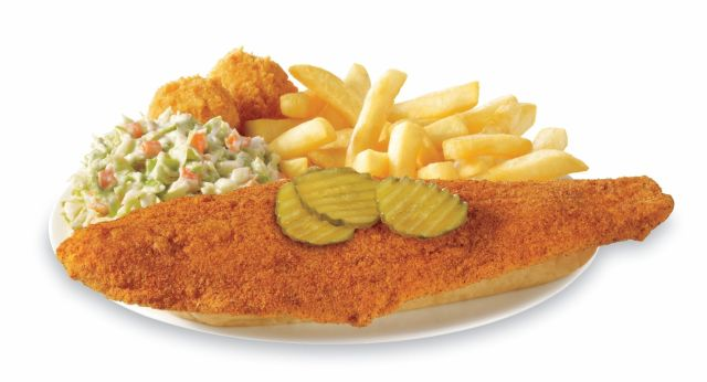 Captain d 39 s debuts new nashville hot fish brand eating for Captain d s country style fish