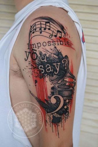Música Manga de Tatuagem para Homens