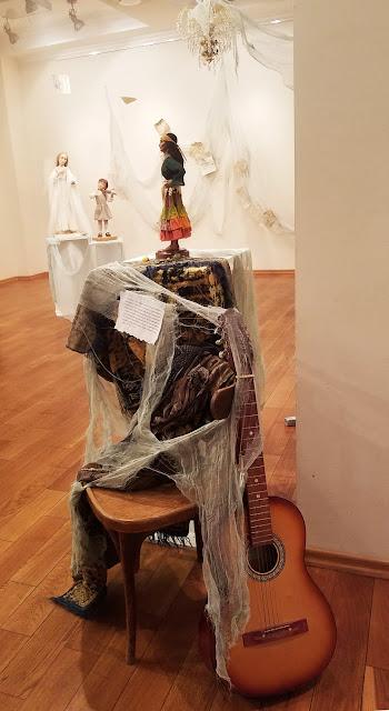 """выставка авторской куклы, пять историй старого дома, Татьяна Малушкина """"Позолоти ручку"""""""