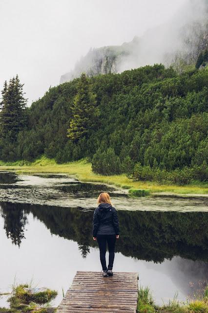 Wanderung zum Wiegensee ein echter Geheimtipp bei Regenwetter! Super Schlechtwetter Wanderung an der Grenze zwischen Vorarlberg und Tirol. Wandern Montafon Verwall 04