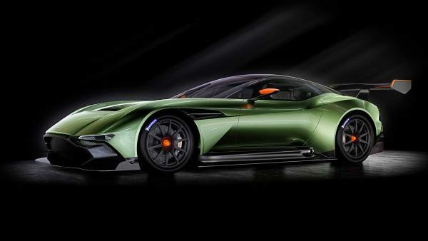 Aston Martin Vulcan On track for glory