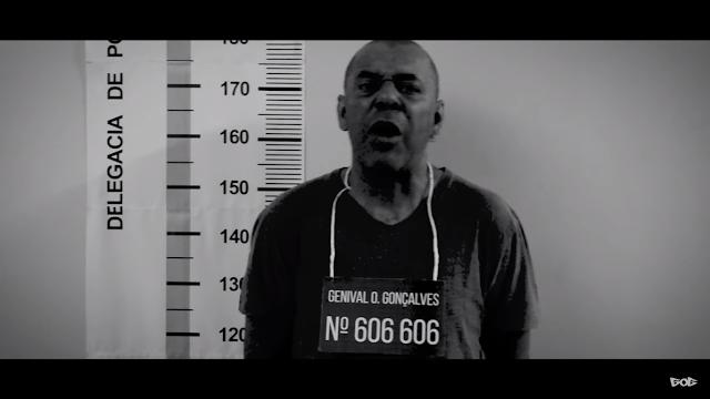 "Gog lança o clipe da musica 'SOPA"", onde o rapper rima de A a Z."