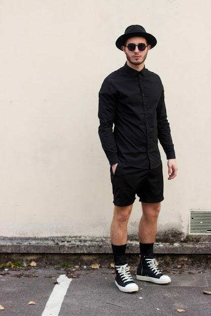 Look masculino All black com all star e meias longas