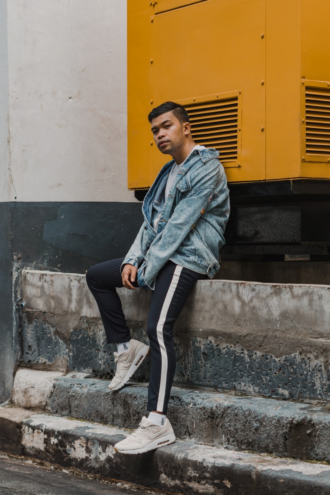 MEN-CEBU-FASHION-BLOGGER-DENIM-ALMOSTABLOGGER.jpg