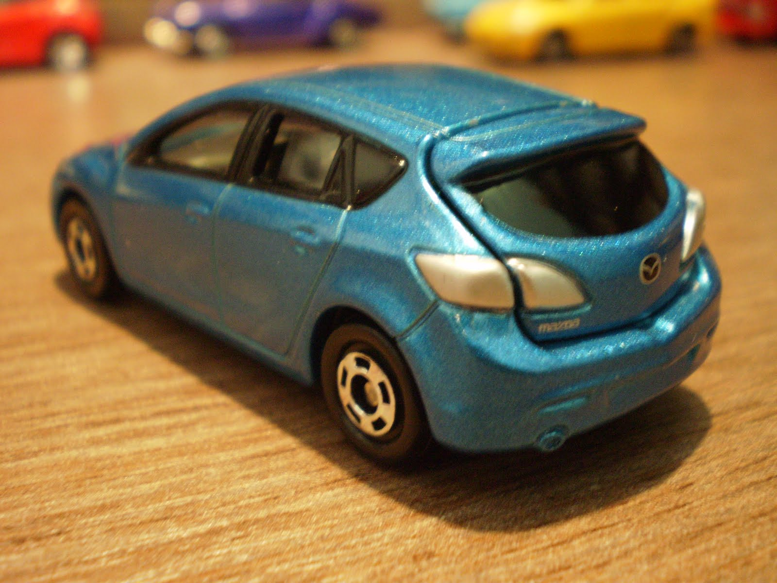 1 64 Die Cast Toy Cars Tomica Mazda Axela Sport