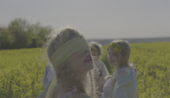 "Petite Meller And Her Artistic Band Of Visionaries Are At It Again: ""Milk Bath"" Official Video"