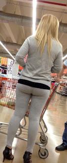 hot-amateur-blonde-milf-yoga-pants