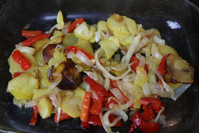 Preparación de sargo al horno con verduras