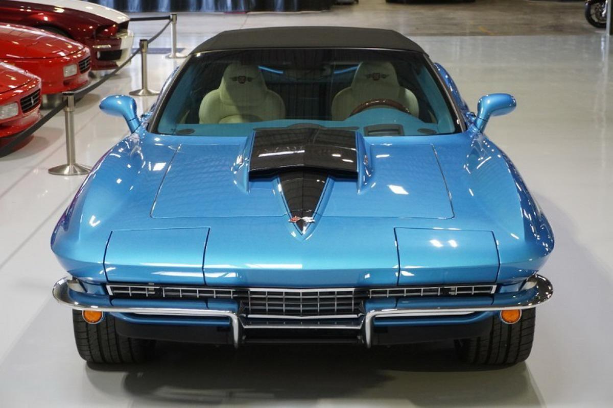 Corvette-Replica-3.jpg