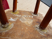 renowacja taboretu typu patyczak