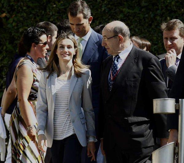 espana-encuentro-telecomunicaciones-los-principes-en-la-inauguracion-oficial-del-xxv-encuentro-de-las-telecomunicaciones-08%2524599x0.jpg