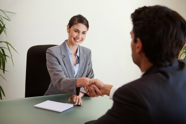 5 Cosas que las mujeres independientes hacen mejor que los hombres en sus negocios (y viceversa!)